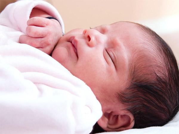 Một số lưu ý khi sử dụng máy lạnh cho trẻ sơ sinh đặc biệt quan tâm